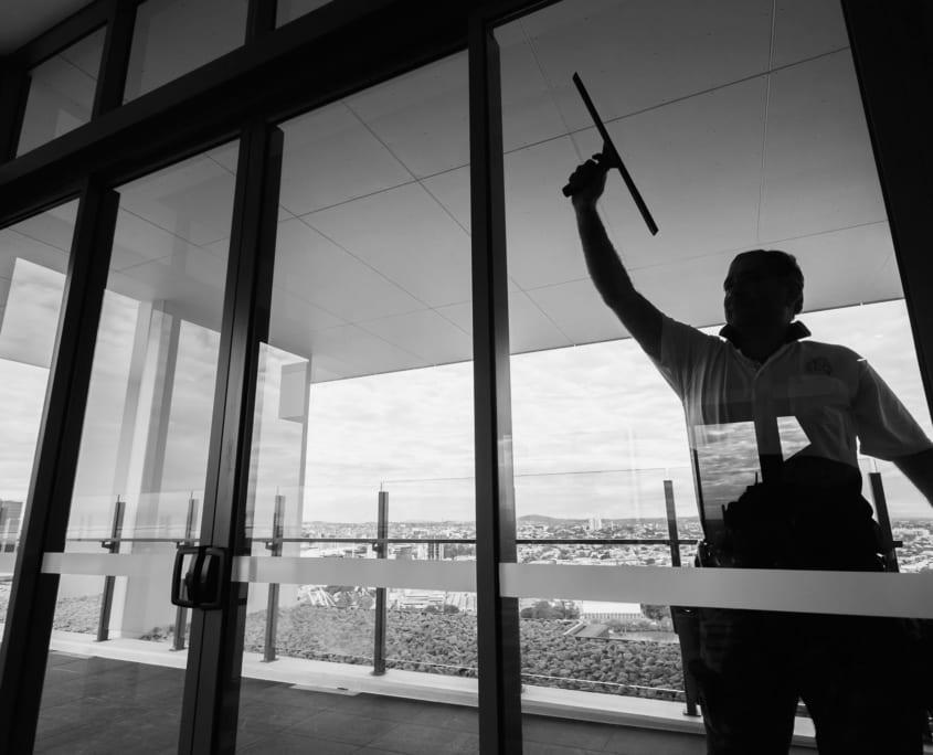 Builders Sparkle Clean Brisbane - SEQ Services Commercial Cleaners