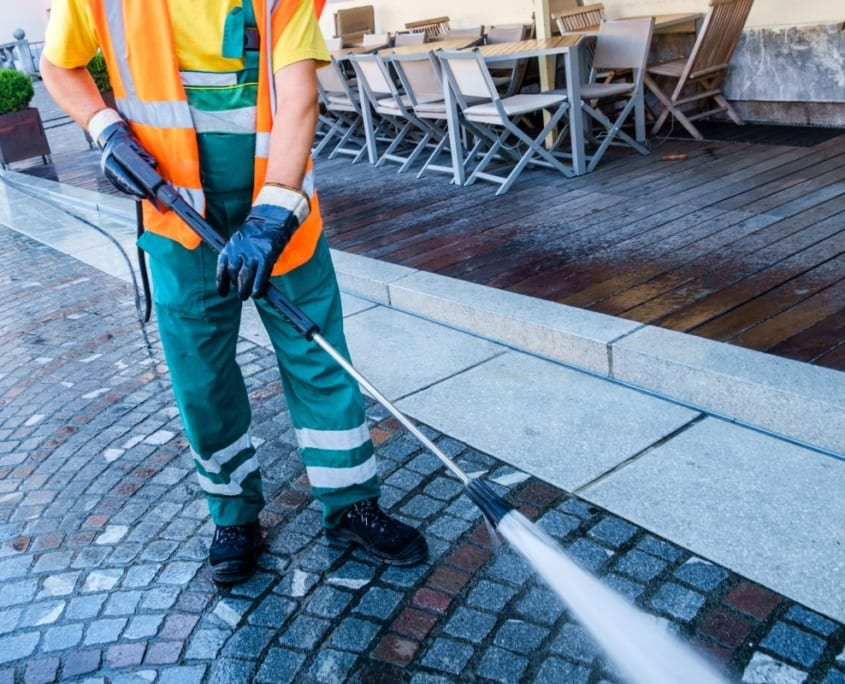 Pressure Cleaning Brisbane - SEQ Services High Pressure Cleaning Company